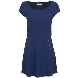 Krátké šaty Naf Naf KANT