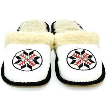 Boty Ženy Papuče John-C Dámske biele papuče CIMEL biela