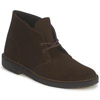 Kotníkové boty Clarks DESERT BOOT