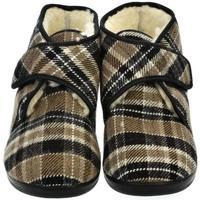 Boty Muži Papuče Mjartan Pánske papuče  LUCAS 5 hnedá