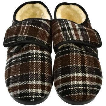 Boty Muži Papuče Mjartan Pánske papuče  IGOR 2 hnedá