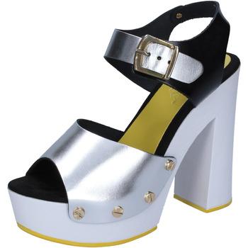 Boty Ženy Lodičky Suky Brand sandali argento nero pelle BS16 Argento