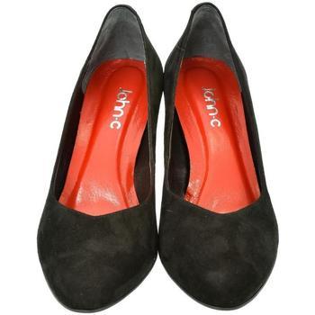 Boty Ženy Lodičky John-C Dámske kožené čierne lodičky AMANDA čierna