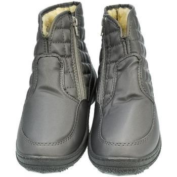 7b9ca6bb9840d John-C Zimní boty Dámske sivé členkové čižmy E-LUX -