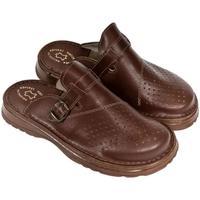 Boty Muži Pantofle John-C Pánske hnedé kožené šľapky MACEJ hnedá