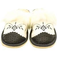 Boty Ženy Papuče John-C Dámske bielo-sivé papuče VLASY tmavosivá