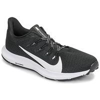 Boty Muži Běžecké / Krosové boty Nike QUEST 2 Černá / Bílá