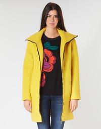 Textil Ženy Kabáty Desigual LAND Žlutá