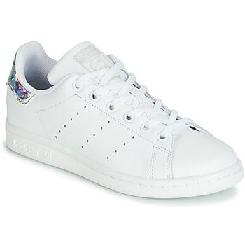 Boty Dívčí Nízké tenisky adidas Originals STAN SMITH J Bílá / Stříbrná