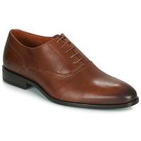 Boty Muži Šněrovací společenská obuv Carlington LUDIVIEN Zlatohnědá