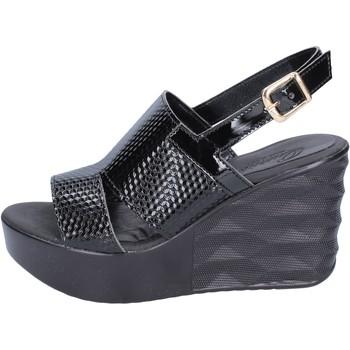 Boty Ženy Sandály Querida sandali pelle sintetica Nero