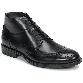Boty Muži Kotníkové boty André LORMAND Černá