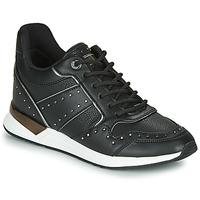 Boty Ženy Nízké tenisky Guess FL5REJ-ELE12-BLACK Černá