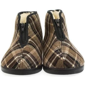 Boty Muži Papuče Mjartan Pánske papuče  EDO hnedá
