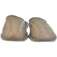 Boty Muži Papuče John-C Pánske hnedé papuče FILIP hnedá