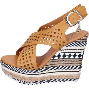 Boty Ženy Sandály Enrico Coveri sandali pelle sintetica Marrone