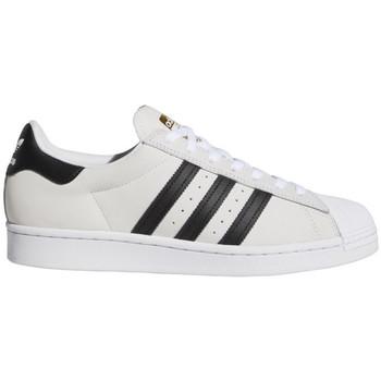 Boty Muži Skejťácké boty adidas Originals Superstar adv Bílá