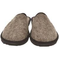 Boty Muži Papuče Bins Pánske hnedé papuče JAROSLAV hnedá