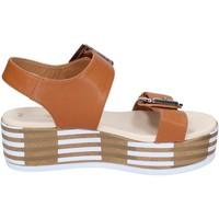 Boty Ženy Sandály Tredy's Sandály BN757 Hnědý