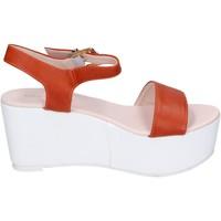 Boty Ženy Sandály Solo Soprani Sandály BN770 Oranžový