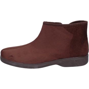 Boty Muži Papuče Mauri Moda pantofole camoscio sintetico Marrone