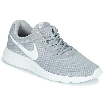 Boty Muži Nízké tenisky Nike TANJUN Šedá / Bílá