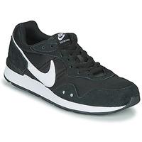 Boty Muži Nízké tenisky Nike VENTURE RUNNER Černá / Bílá