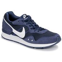 Boty Muži Nízké tenisky Nike VENTURE RUNNER Modrá / Bílá