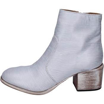 Boty Ženy Polokozačky Moma Kotníkové Boty BK147 Stříbrný