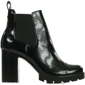 Guess Kotníkové boty Rezal - Černá
