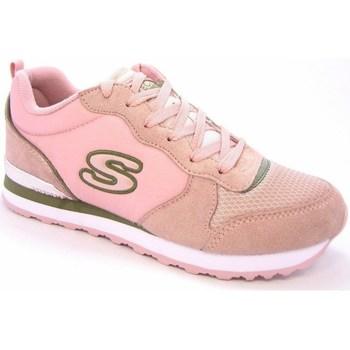 Boty Ženy Nízké tenisky Skechers Step N Fly Růžové