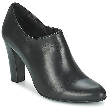 Polokozačky / Kotníkové boty Betty London IVELVET Černá 350x350
