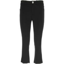 Textil Ženy Tříčtvrteční kalhoty NeroGiardini P960610D Černá