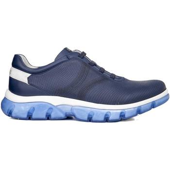 Boty Muži Nízké tenisky CallagHan 42700 Modrý