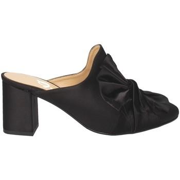Boty Ženy Pantofle Grace Shoes 1536 Černá