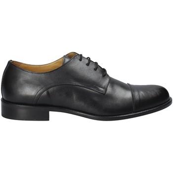 Boty Muži Šněrovací společenská obuv Exton 6013 Černá