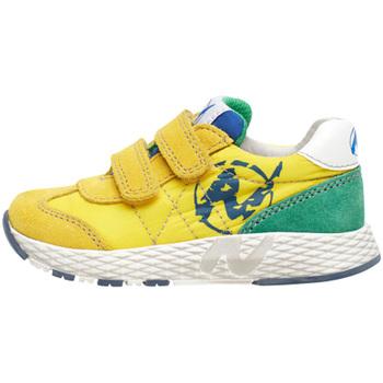 Boty Děti Nízké tenisky Naturino 2014904 01 Žlutá