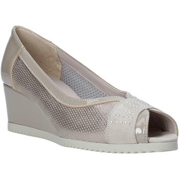 Boty Ženy Sandály Comart 023353 Béžový