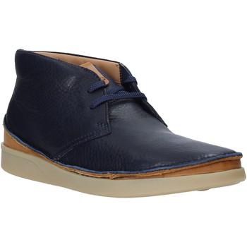 Boty Muži Kotníkové boty Clarks 26144071 Modrý
