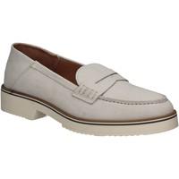 Boty Ženy Mokasíny Mally 5876 Stříbrný