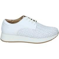 Boty Ženy Nízké tenisky Stonefly 108432 Bílý