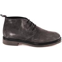 Boty Muži Kotníkové boty IgI&CO 2108100 Černá