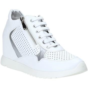 Boty Ženy Nízké tenisky Lumberjack SW36205 003 P05 Bílý