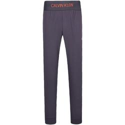 Textil Muži Teplákové kalhoty Calvin Klein Jeans 00GMF8P620 Šedá