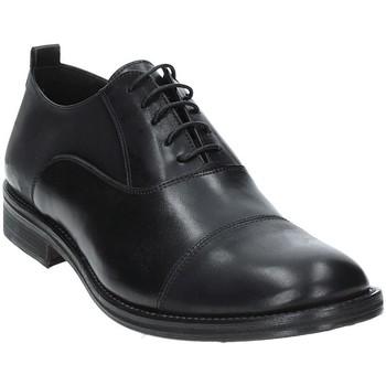Boty Muži Šněrovací společenská obuv Exton 9554 Černá