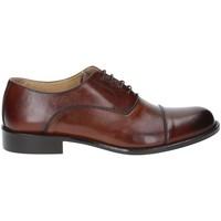 Boty Muži Šněrovací společenská obuv Exton 6014 Hnědý