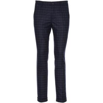 Textil Muži Oblekové kalhoty NeroGiardini A970573U Modrý