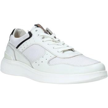 Boty Muži Nízké tenisky Impronte IM01024A Bílý