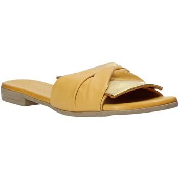 Boty Ženy Dřeváky Bueno Shoes 9L2735 Žlutá