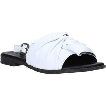 Boty Ženy Sandály Bueno Shoes Q2005 Bílý